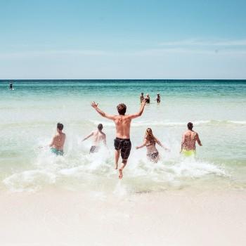 Пляжи и пляжные комплексы